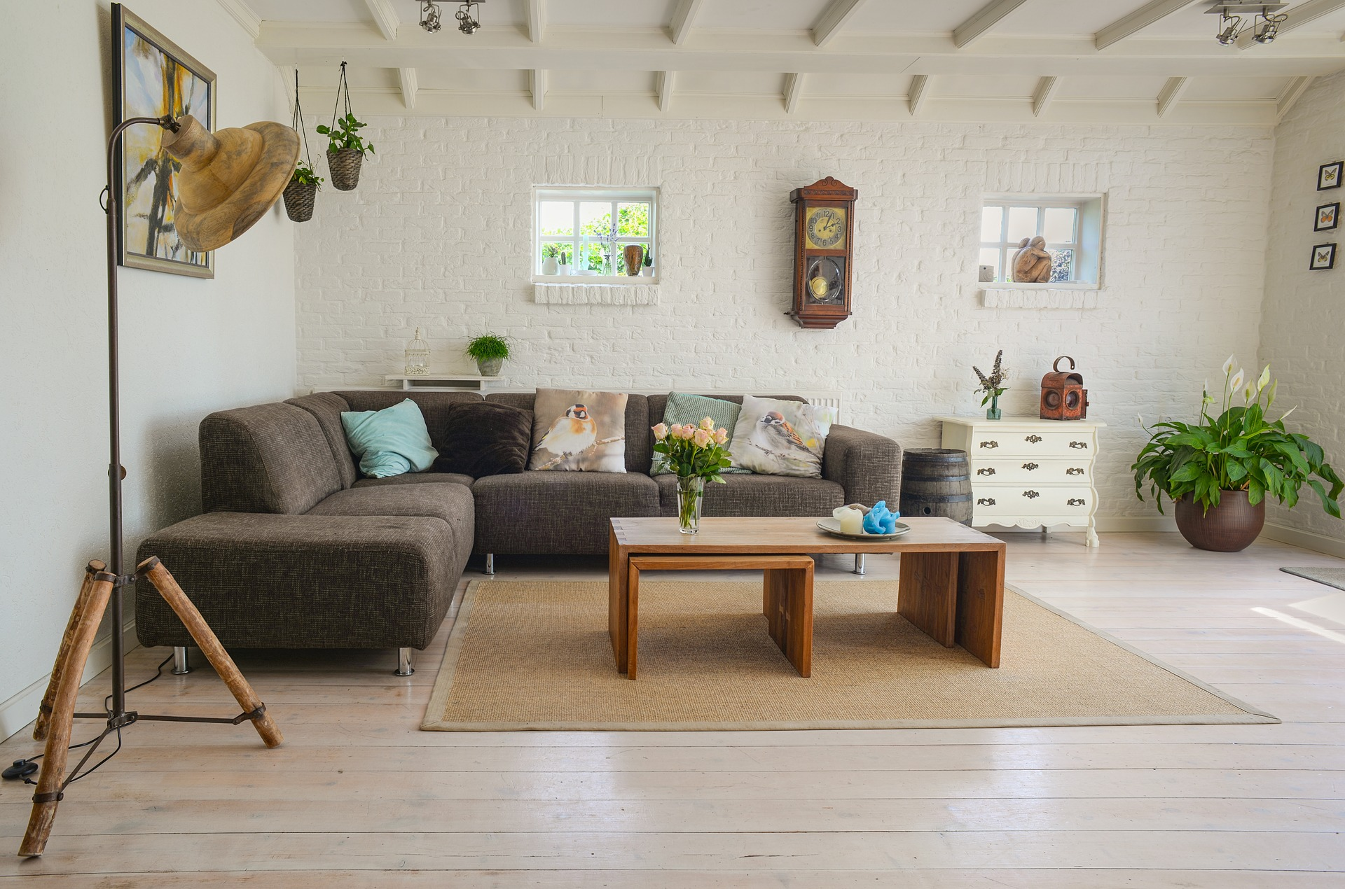 10 Furniture Tips to Make Your Apartment Look Your Age