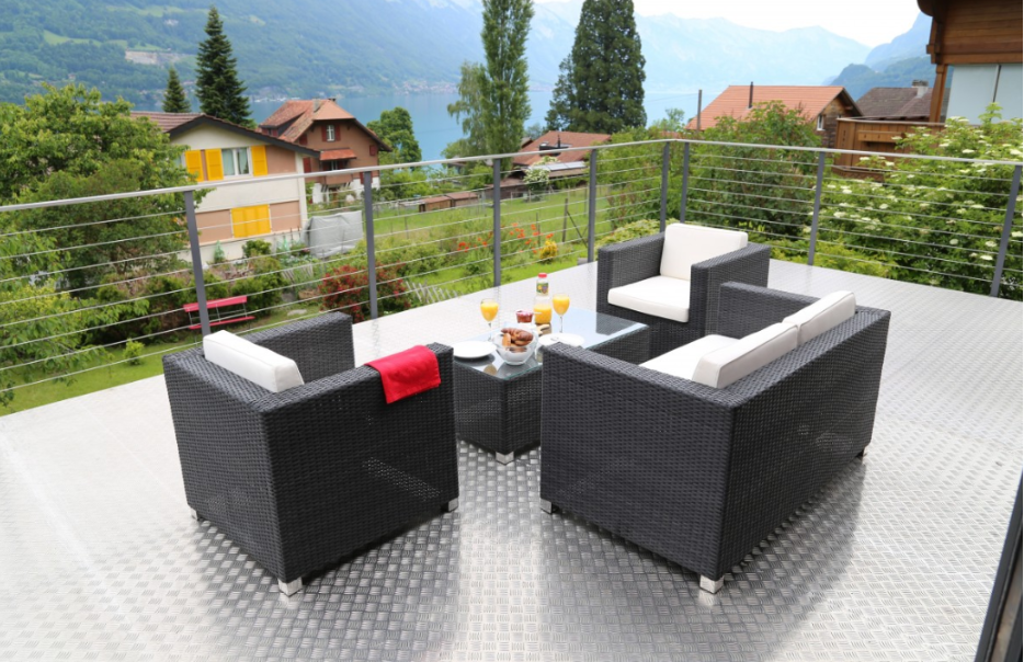 transform your garden with outdoor furniture